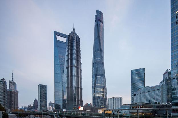 foto de internet en donde se aprecia el edificio terminado y el 2º más alto del mundo