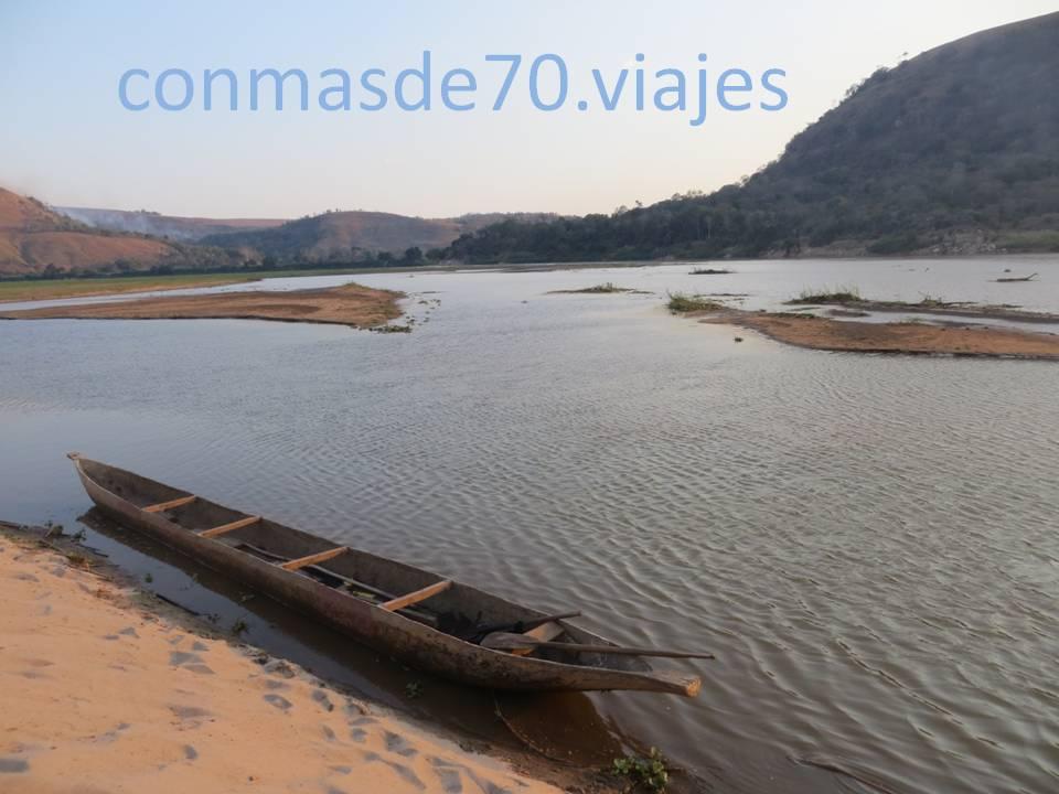 El lugar es precioso, el paisaje, el embarcadero...todo emana paz y armonía
