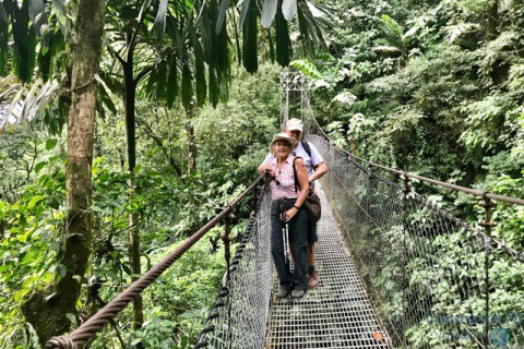 COSTA RICA / Parques Nacionales:Arenal,Irazú